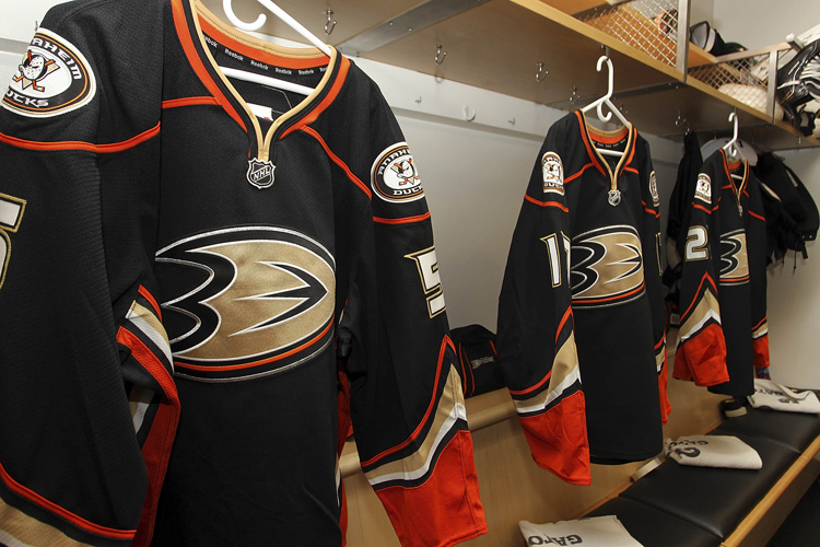 anaheim ducks jersey design